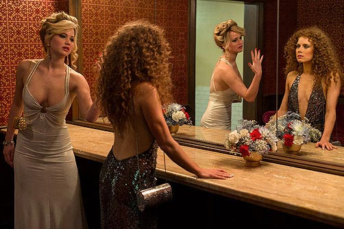 Jennifer Lawerence and Amy Adams American Hustle, inset: David O Russell