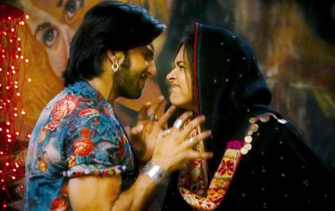 Ranveer Singh and Deepika Padukone in Goliyon Ki Raasleela Ram Leela