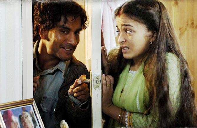 Naveen Andrews and Aishwariya Rai Bachchan in Provoked