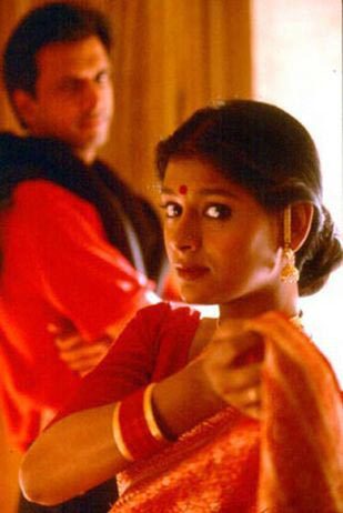 Javed Jaffrey and Nandita Das in Fire