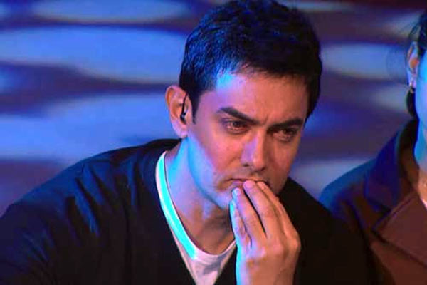 Aamir Khan gets emotional in the first season of Satyamev Jayate
