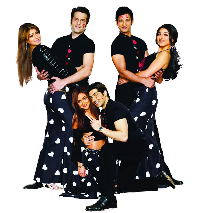 Ayesha Takia, Fardeen Khan, Sharman Joshi, Soha Ali Khan, Zayed Khan and Esha Deol in Shaadi No 1