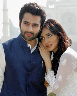 Jackky Bhagnani and Neha Sharma in Youngistaan
