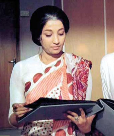 Suchitra Sen in Aandhi