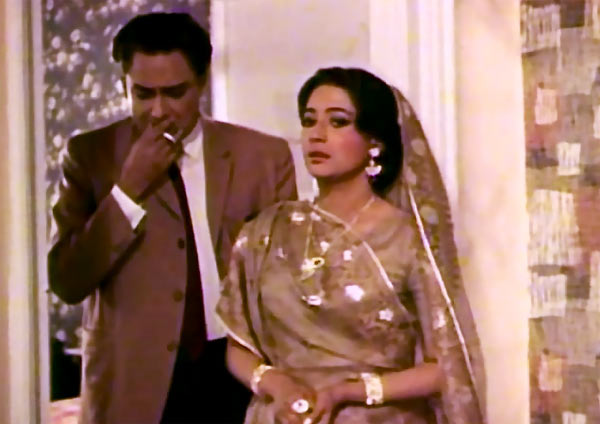 Ashok Kumar and Suchitra Sen in Mamta (Uttar Falguni)