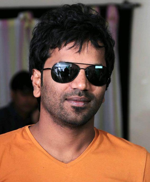 Sathish Neenasam