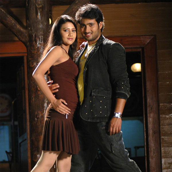 Uday Kiran with Sudha in Ekaloveyudu