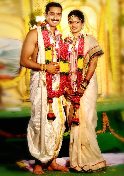 Uday Kiran with wife Visitha on their wedding day
