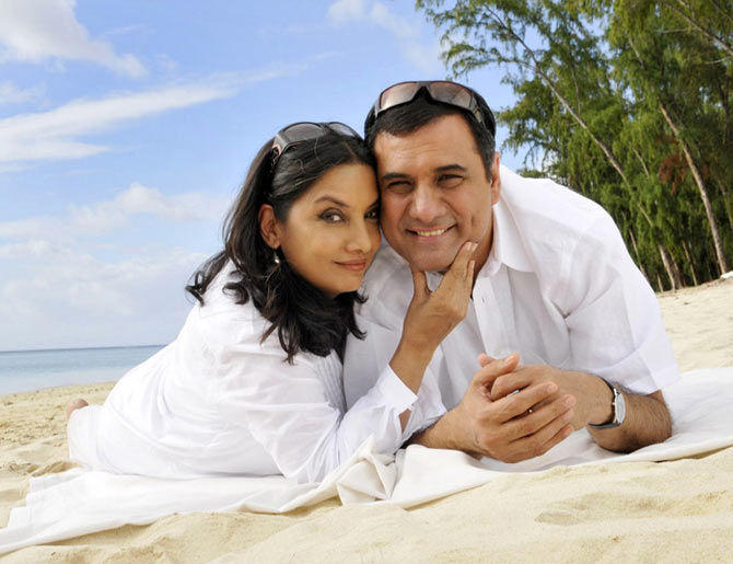 Boman Irani and Shabana Azmi in Honeymoon Travels Pvt Ltd