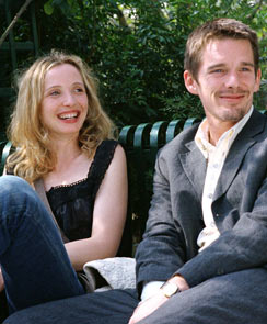 Julie Delpy and Ethan Hawke in Before Sunset