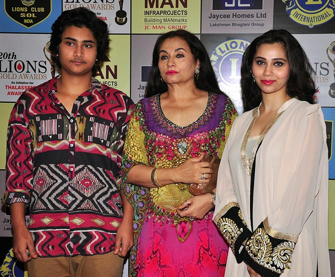 Ali Khan, Salma and Sashaa Agha