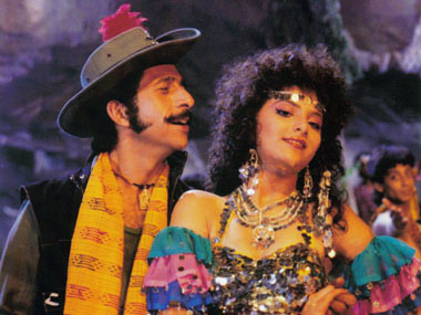Naseeruddin Shah and Sonam in Tridev