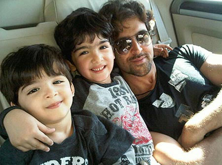 Hrithik Roshan with sons Hrehaan and Hridaan
