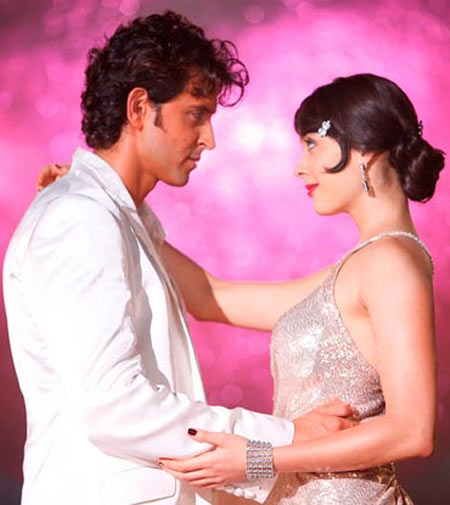 Hrithik Roshan with Isha Sharvani in Luck By Chance