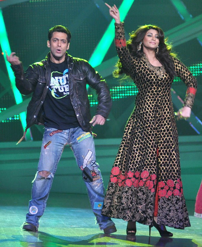 Salman Khan and Daisy Shah on Nach Baliye
