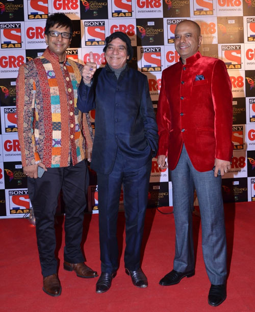 Jagdeep with his sons Javed and Naved Jaffrey