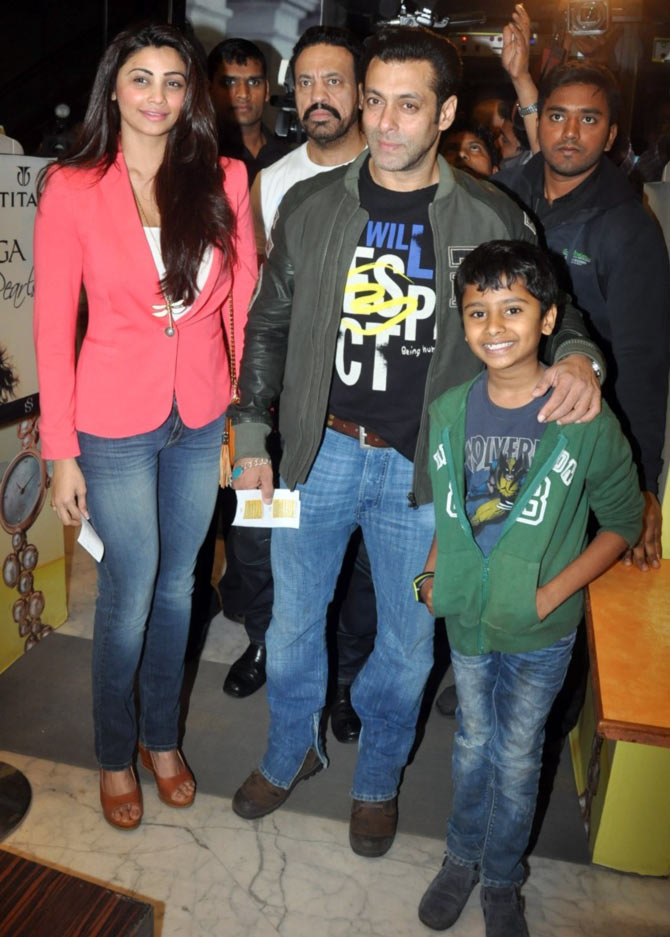Daisy Shah, Salman Khan and Naman Jain