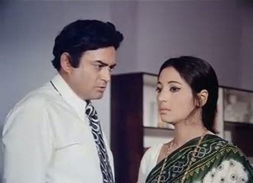 Sanjeev Kumar and Suchitra Sen in Aandhi