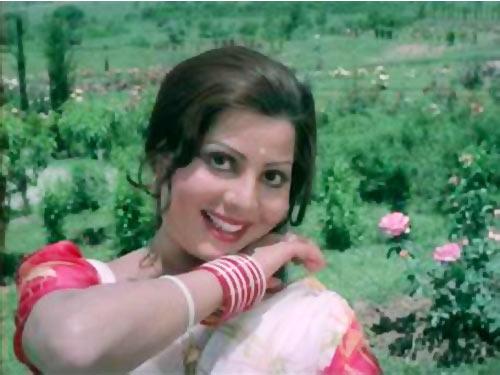 Sulakshana Pandit in Apnanpan