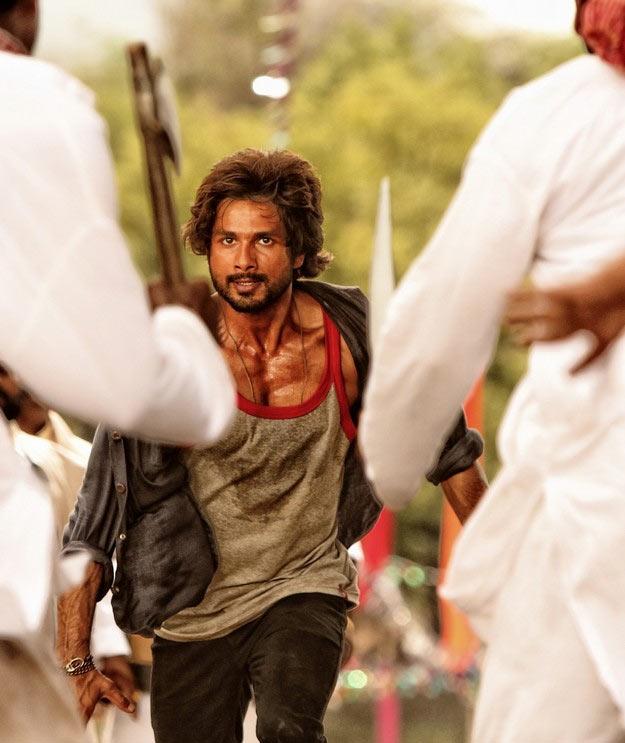 Shahid Kapoor in  R... Rajkumar