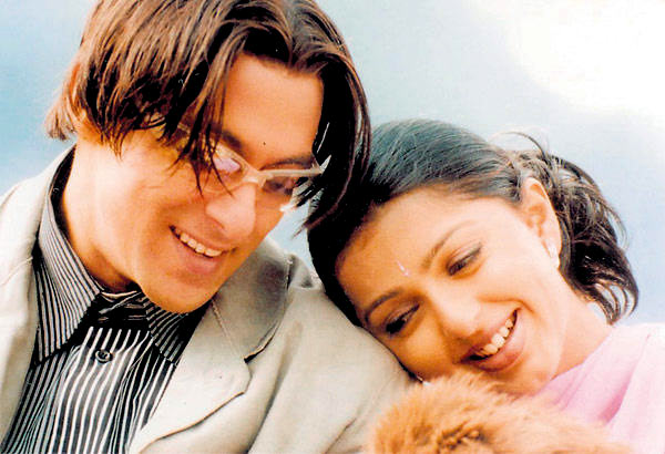 Salman Khan and Bhoomika Chawla in Tere Naam