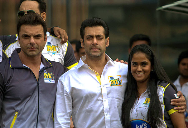 Sohail, Salman and Arpita Khan