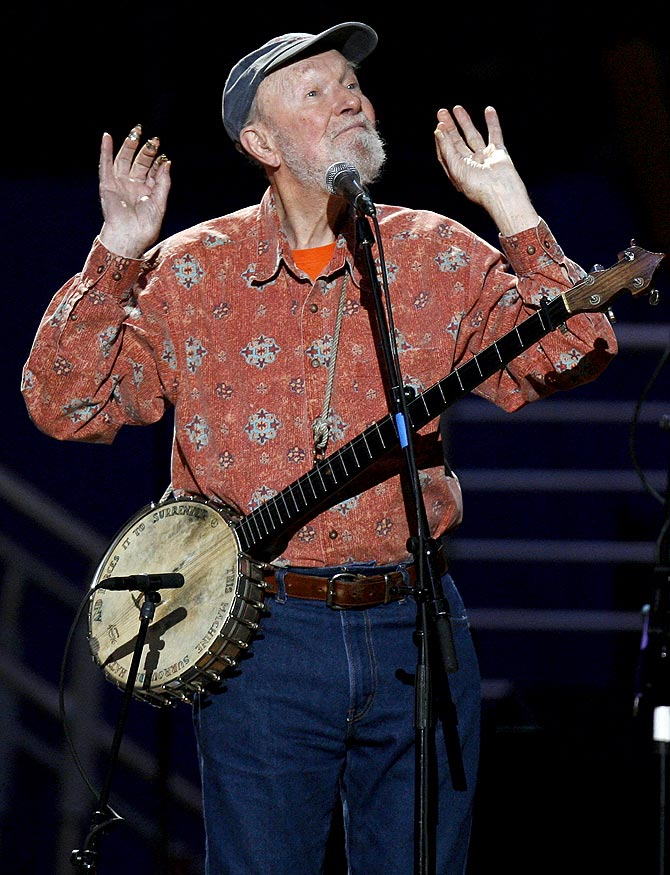 Musician Pete Seeger sings Amazing Grace during a concert celebrating his 90th birthday in New York May 3, 2009