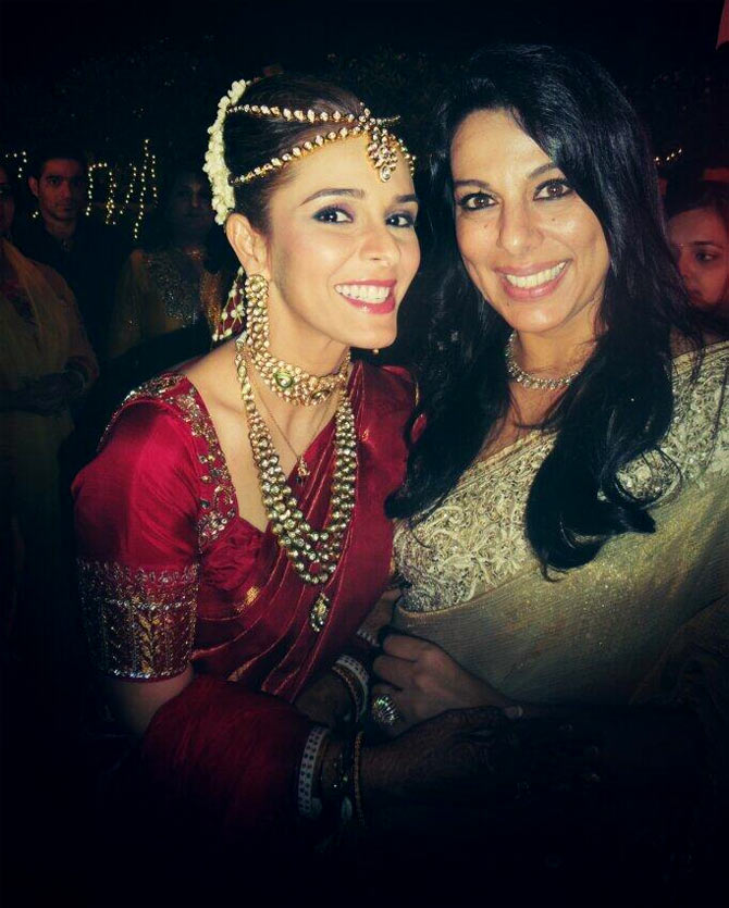 Raageshwari with Pooja Bedi