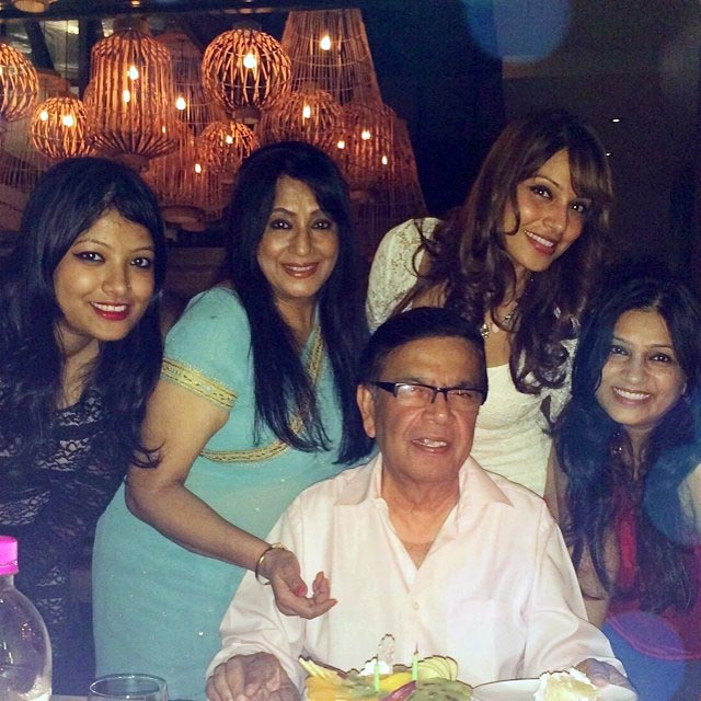 Bipasha Basu with her sisters and parents