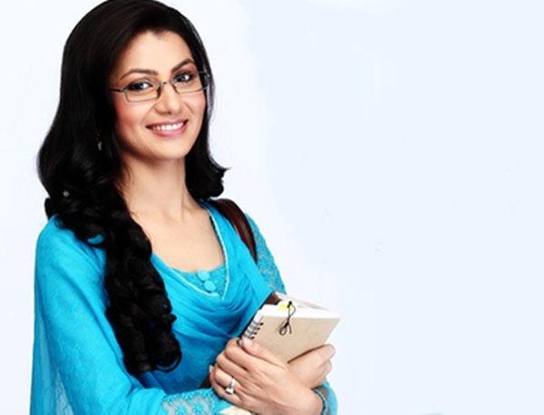 Sithi Jha as Pragya in Kumkum Bhagya
