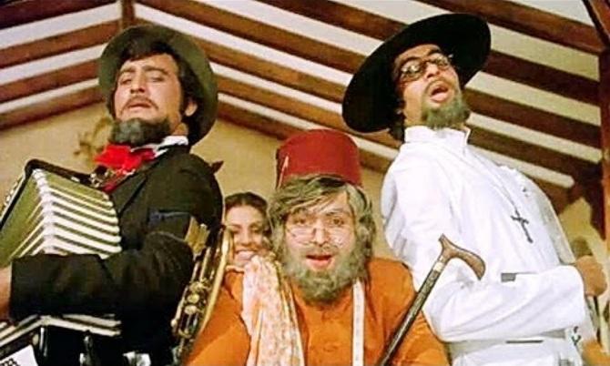 Vinod Khanna, Rishi Kapoor and Amitabh Bachchan