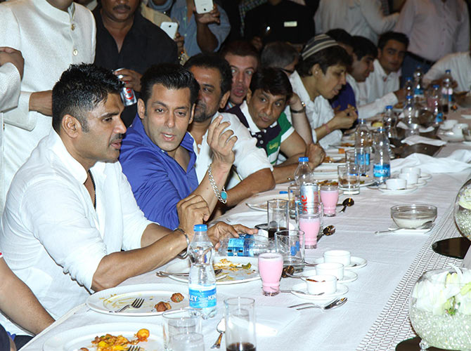 Salman Khan, Suneil Shetty, Anees Bazmee and Aditya Pancholi's