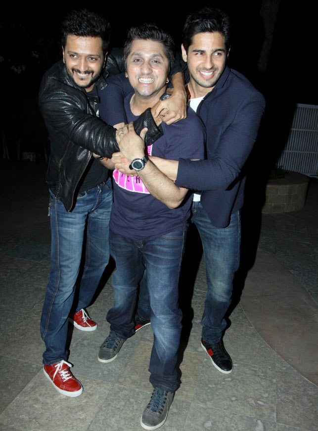 Mohit Suri with Ritesh Deshmukh and Siddharth Malhotra