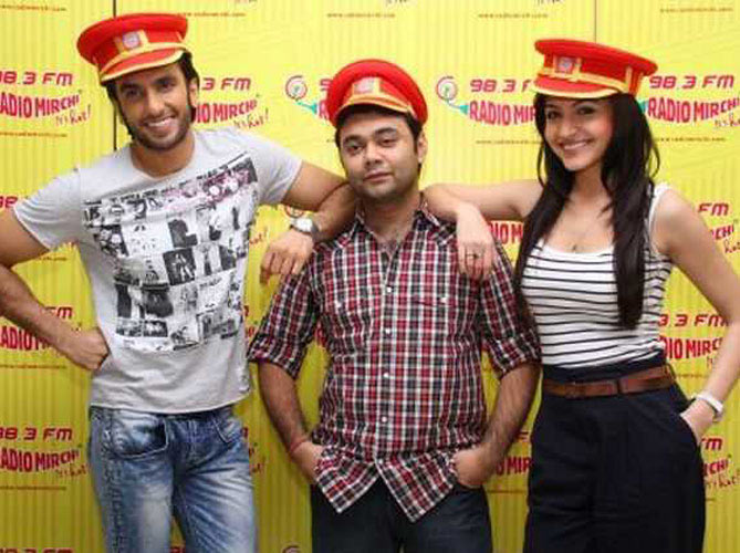 Maneesh Sharma with the cast of Band Bajaa Baaraat Ranveer Singh and Anushka Sharma