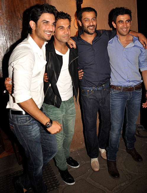 Abhishek Kapoor with the cast of Kai Po Che! Sushant Singh, Raj Kummar Rao, Amit Sadh