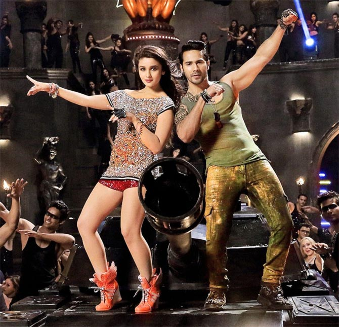 Alia Bhatt with Varun Dhawan in Humpty Sharma Ki Dulhaniya