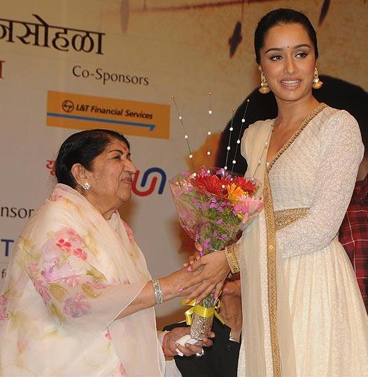 Shraddha Kapoor-Lata Mangeshkar