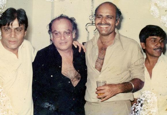 Rajendra Kumar, Mahesh Bhatt and Avtar Gill
