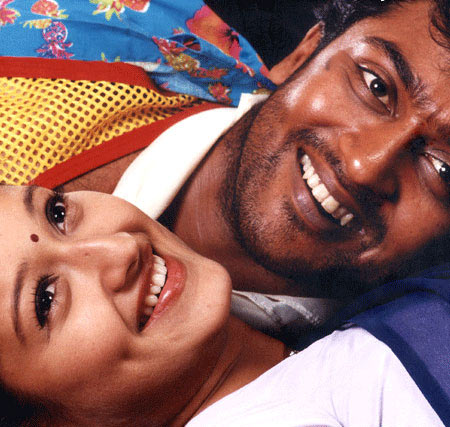 Suriya and Laila in Pithamagan