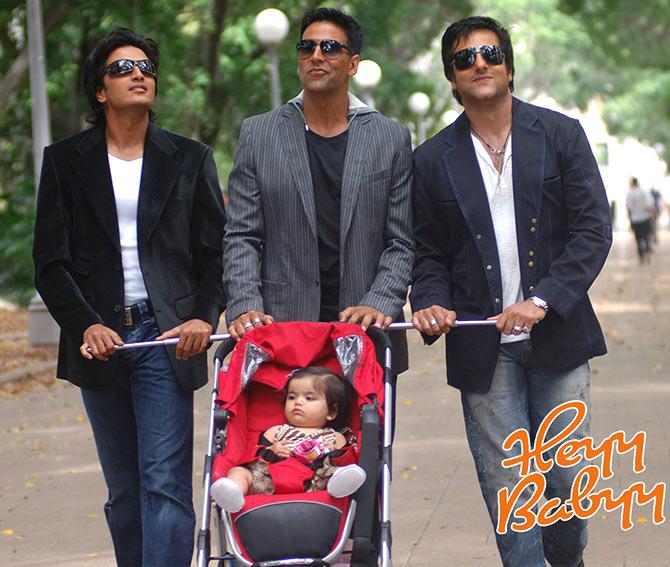 Riteish Deshmukh, Akshay Kumar, Fardeen Khan, Juanna Sanghvi in Heyy Babyy