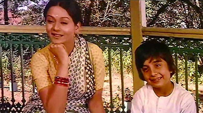 Zarina Wahab and Master Raju in Chitchor