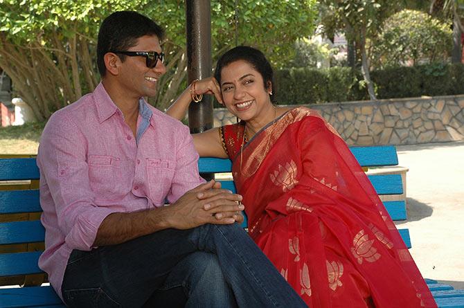 Venkatesh Prasad and Suhasini in Sachin... Tendulkar Alla