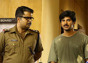 Anoop Menon and Dulquar Salman in Vikramadityan