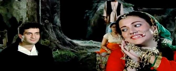 Mandakini with Rajiv Kapoor in Ram Teri Ganga Maili