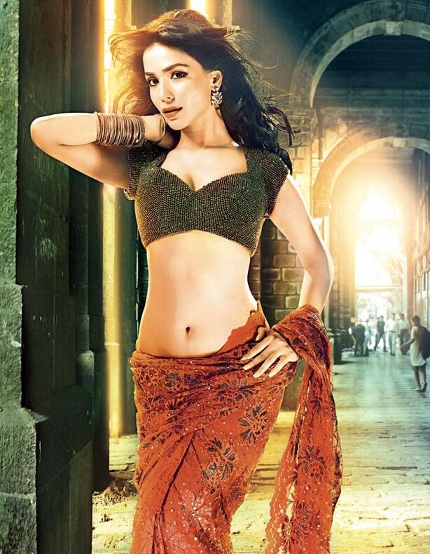 Hot bed scene hindi movie