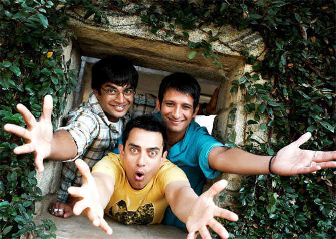 R Madhavan, Aamir Khan, Sharman Joshi in 3 Idiots