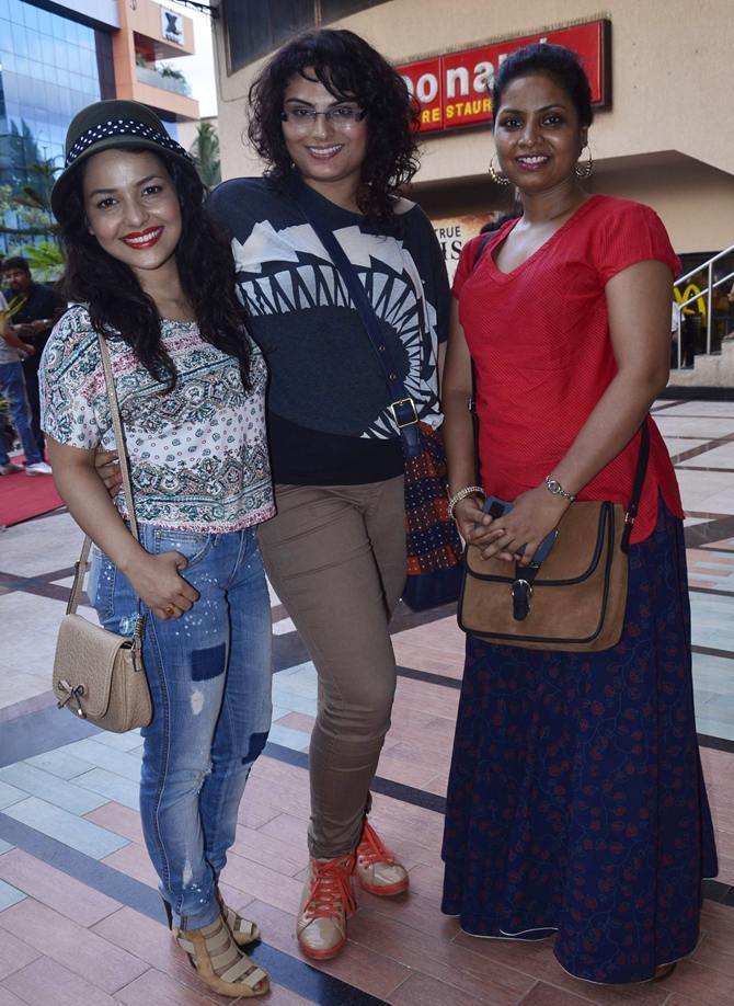 Chitrashi Rawat, Tanya Abrol, Seena Azmi