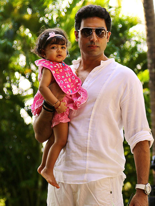 Abhishek Bachchan with daughter Aaradhya