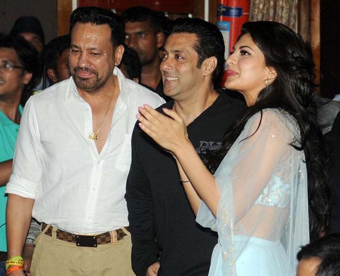 Salman Khan with his bodyguard Shera and Jacqueline Fernandez