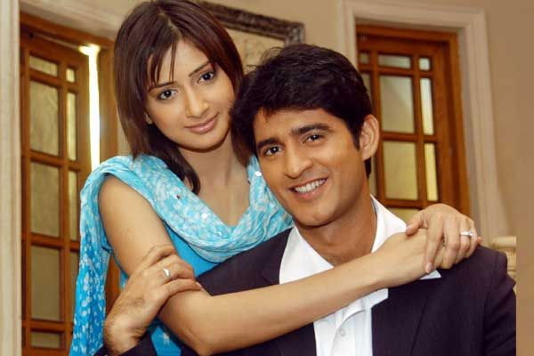 Gauri Pradhan with husband Hiten Tejwani